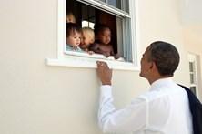 """Mensagem de Obama sobre violência na Vírginia é o 'tweet' com mais """"gostos"""" de sempre"""