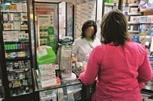 Laboratórios pagam com notas de crédito