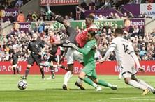Manchester United de Mourinho esmagador