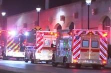Choque entre dois comboios faz dezenas de feridos nos EUA