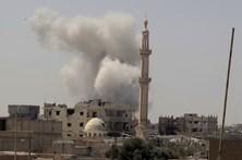 42 civis mortos em raides da coligação internacional em Raqa