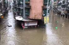 Tufão mata cinco pessoas em Macau