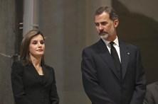 Reis de Espanha enviam mensagem à família das vítimas portuguesas do atentado