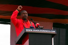 João Lourenço, o candidato a Presidente que tem uma caixa multibanco em casa