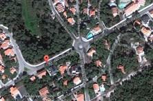 Rebentamento de conduta corta avenida em São Pedro de Moel