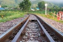 Homem morre colhido por comboio em Belém