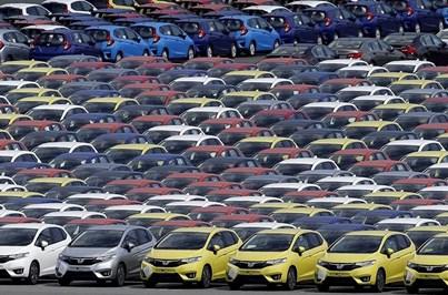 Portugueses gastam 1295 milhões em carros
