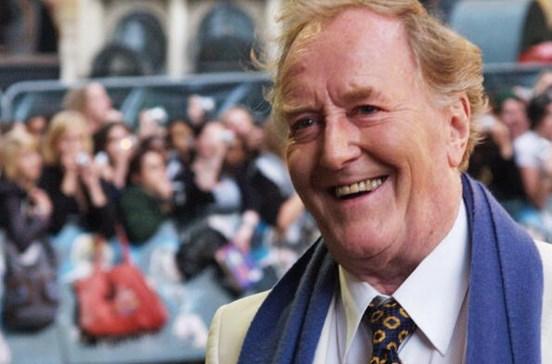 Morreu o ator britânico Robert Hardy