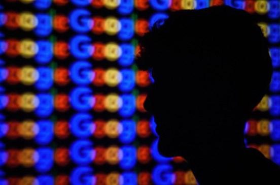 Google paga milhares a jovem que descobre erro