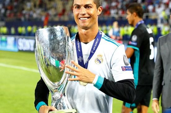 Ronaldo é o único português na corrida a melhor jogador do ano