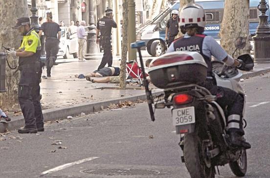 Governo alerta turistas para evitarem concentrações em Barcelona