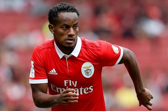 Benfica resolve problema Carrillo