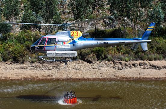 Helicóptero fez duas descargas antes de se despenhar