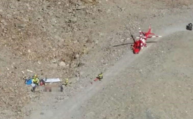 Dois adolescentes e um piloto morreram em acidente de avião