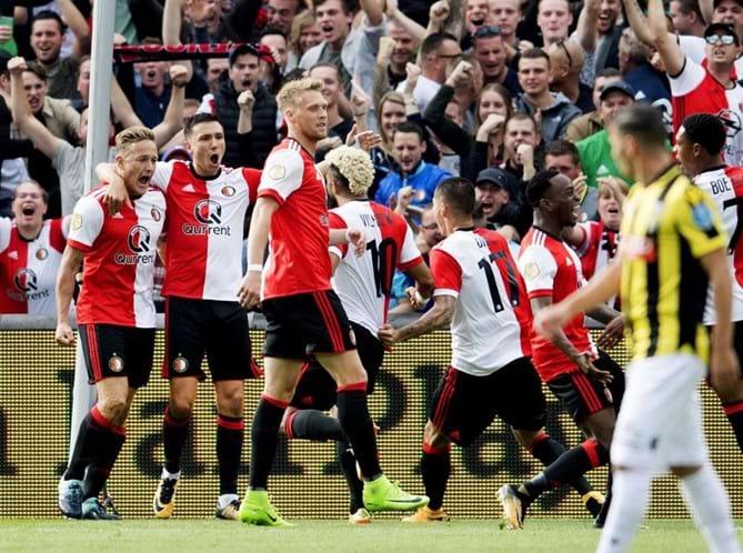 Feyenoord conquista Supertaça 17 anos depois — Holanda