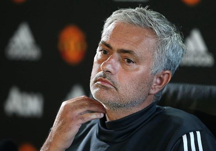 Mourinho salvo por Lukaku em Southampton; City goleia em casa