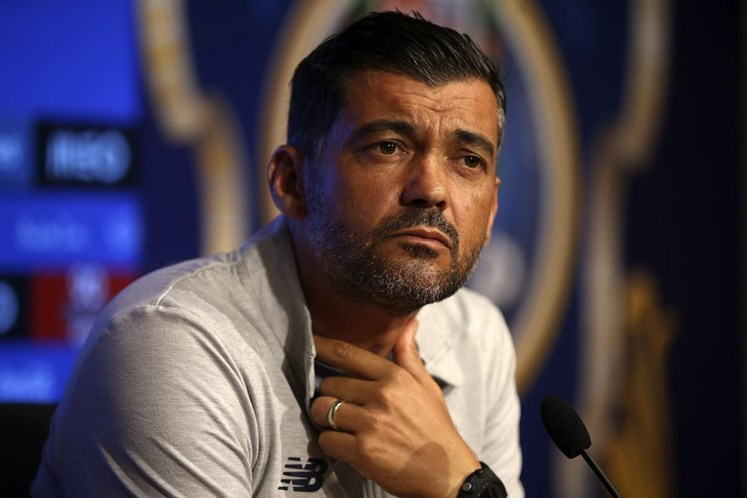 Sérgio Conceição garante que o FC Porto vai a Braga para buscar os três pontos
