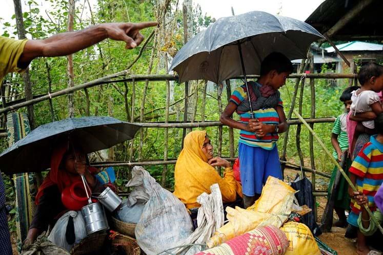 Naufrágios matam 17 rohingyas em Bangladesh