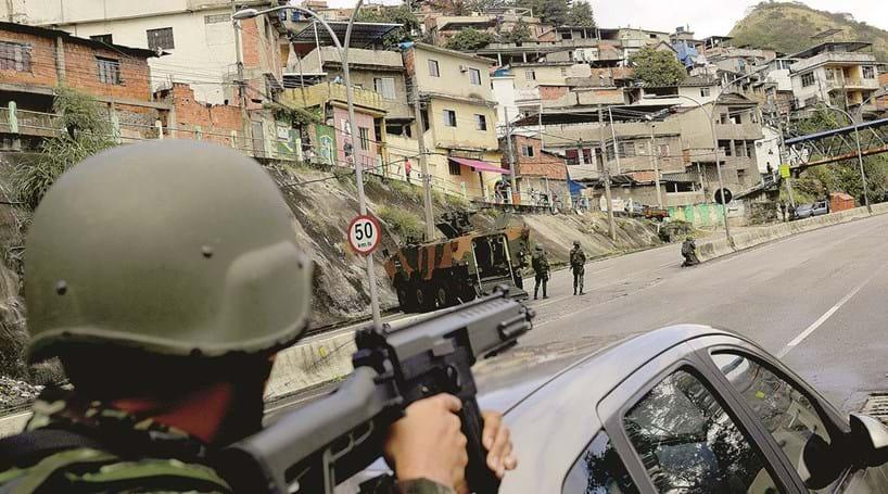 Tropas seguirão no Rio em 2018, diz Temer