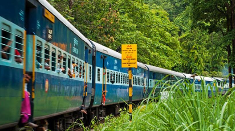 Acidente de trem deixa mortos no norte da Índia