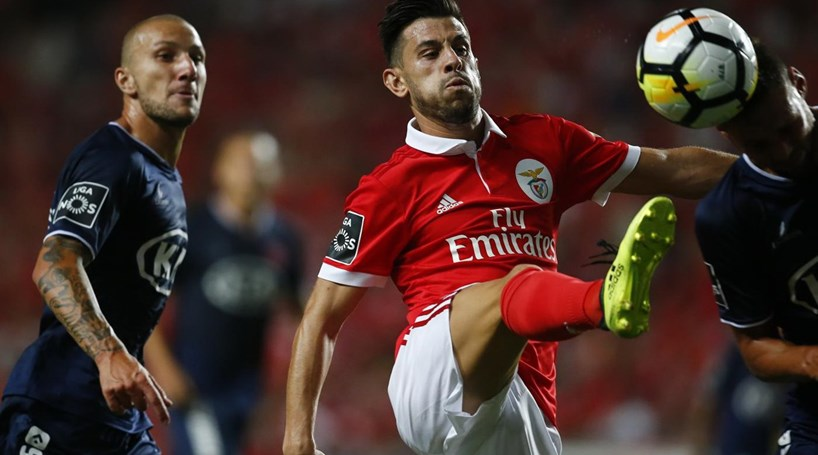 Intervalo: Benfica a vencer Belenenses