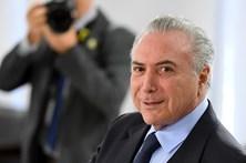 Supremo Tribunal do Brasil analisa pedido para barrar denúncia contra Temer