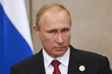 Putin ordena retirada de maior parte das forças russas na Síria