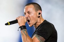 Linkin Park juntam-se a amigos para concerto-tributo a vocalista Chester Bennington