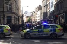 Polícia britânica investiga pacote suspeito em Holborn