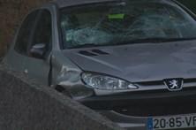 Carro desgovernado atinge 13 em funeral