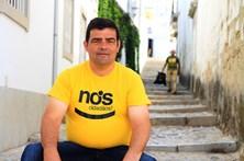Carlinhos, o candidato engraxador que não quer fazer promessas