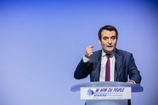 Alto responsável da Frente Nacional francesa abandona o partido