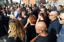 Meia centena de guardas prisionais protesta em Matosinhos contra novos horários