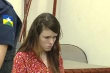 Detida por matar ex durante sexo é agredida na prisão