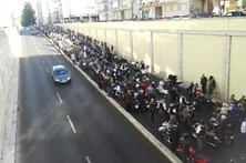 Motards distintos passeiam em Lisboa