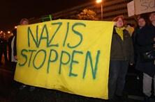 Centenas de alemães saem à rua em protesto contra a extrema-direita