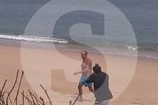 Marcelo Rebelo de Sousa a banhos em Luanda