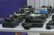PSP apreende 43 armas e mais de mil munições no Porto, Braga e Vila Real