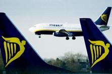 Pilotos da Ryanair em Portugal suspendem greve de quarta-feira