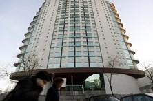 MP pede pena suspensa para pais da menina chinesa que caiu de prédio