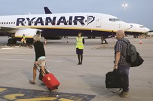 Ryanair com voos a 4,99 euros na Black Friday