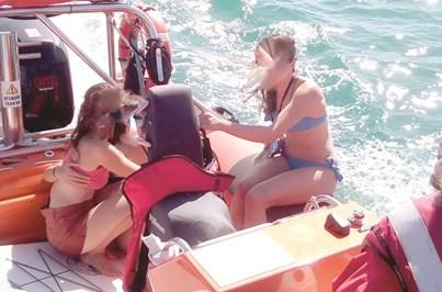 Resgatadas três turistas inglesas do mar em Sagres