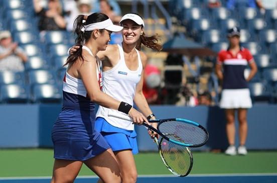 Martina Hingis atinge duas finais de pares no US Open