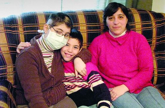 Vandalizada a campa de menina com cancro