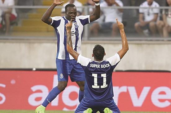 Soares ameaça titularidade de Aboubakar no FC Porto