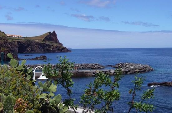 Alemão morre ao escorregar quando saía do mar na Madeira