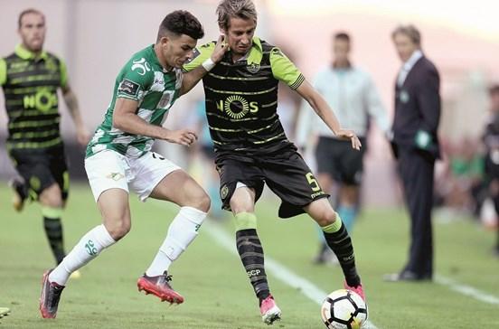 Leão perde primeiros pontos no campeonato