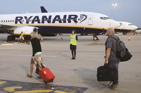 Ryanair com voos a 4,99 euros na Black Friday