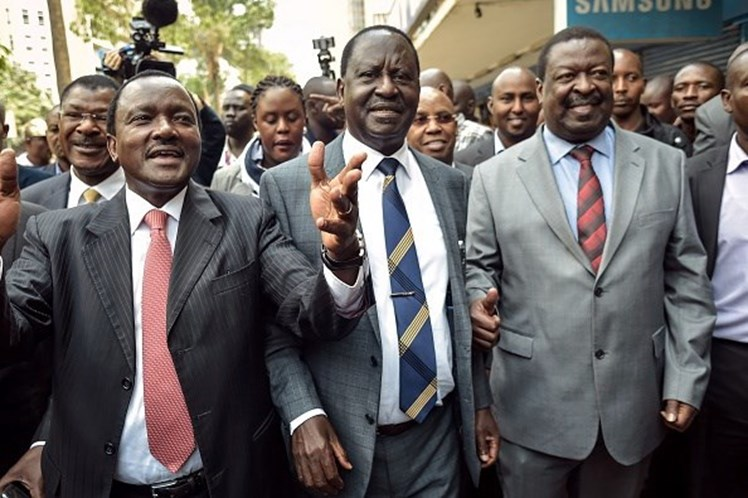 Supremo Tribunal do Quénia anula vitória de Kenyatta e manda repetir eleições