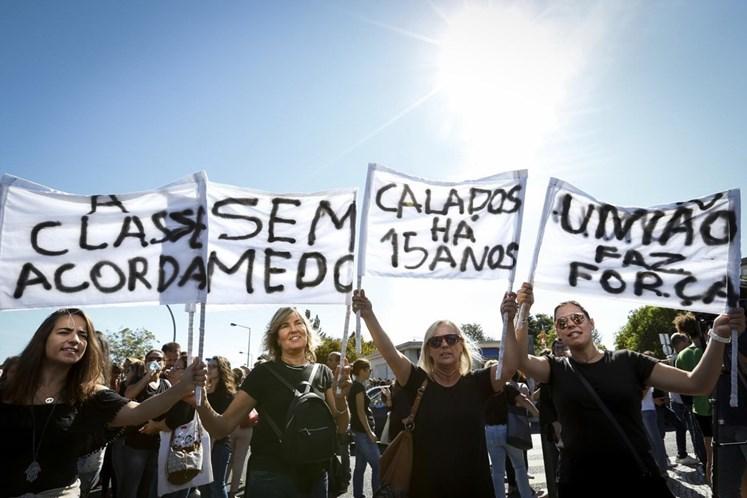 Ministro da Saúde considera greve marcada pelos enfermeiros
